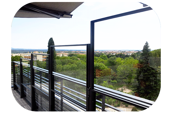 Alignement de paravent télescopique à Aix en Provence