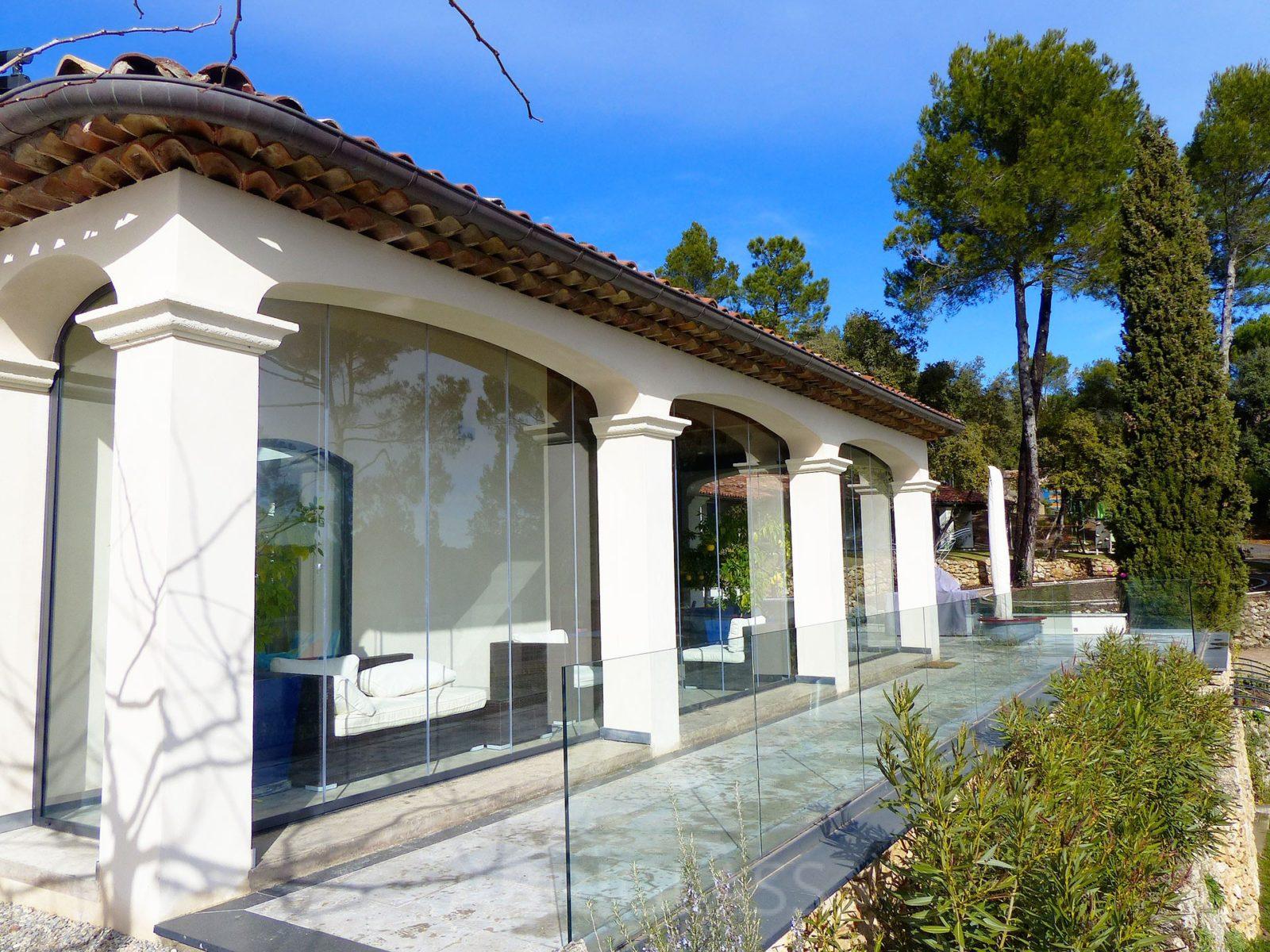 rideau de verre fermeture de balcon terrasse pour. Black Bedroom Furniture Sets. Home Design Ideas