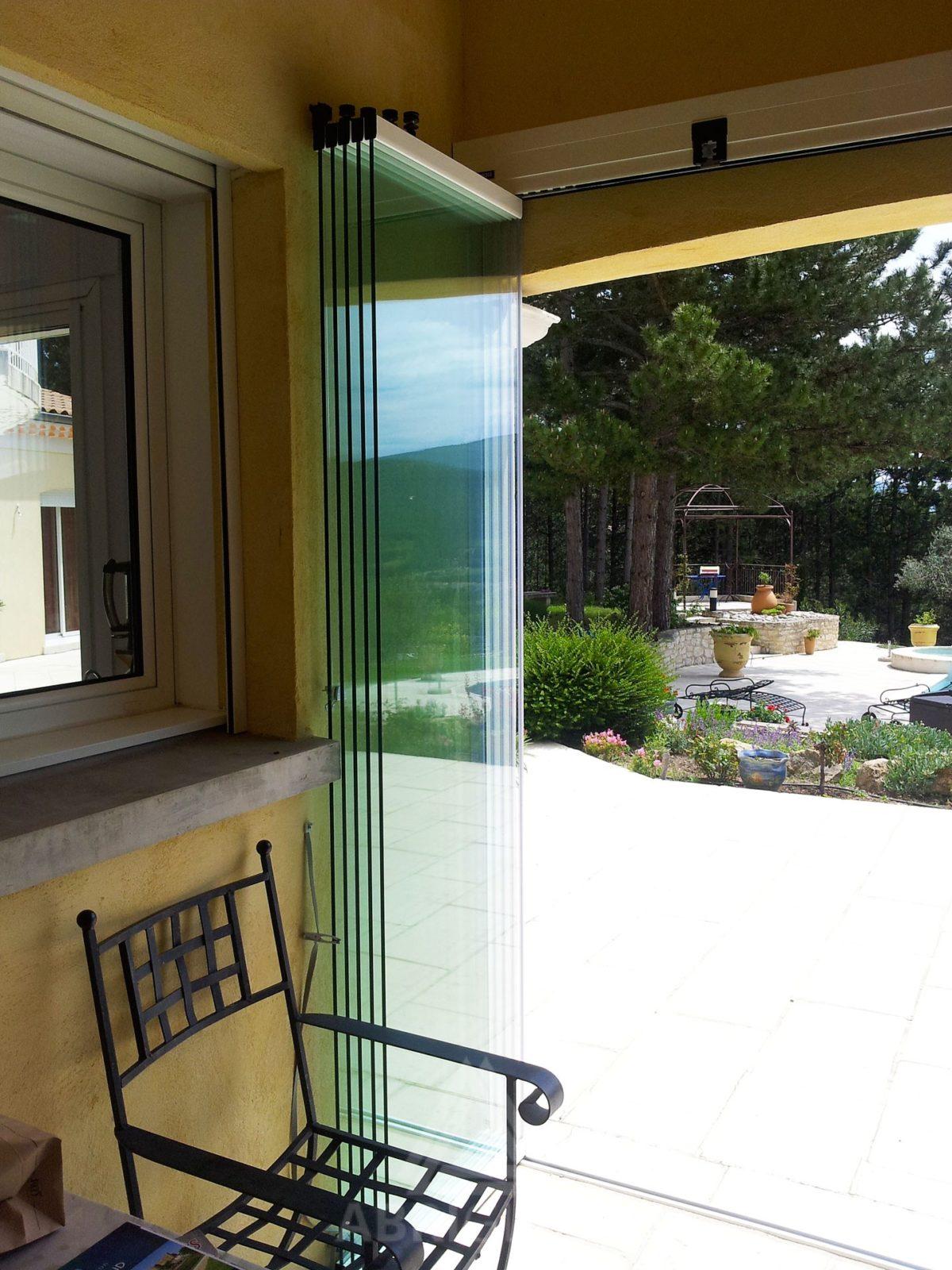 Systeme De Rideau Coulissant rideau de verre : fermeture de balcon, terrasse pour