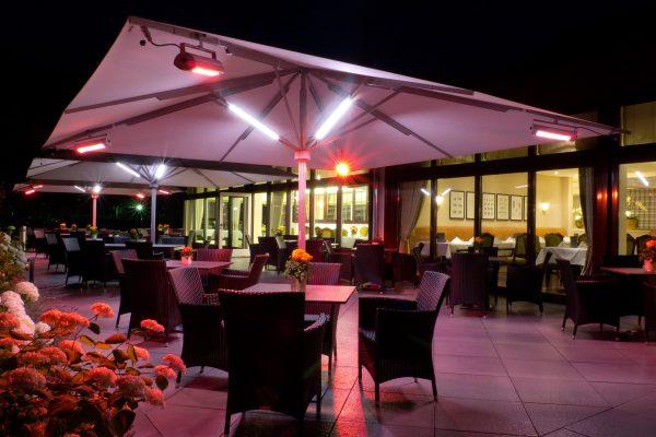 Parasols, chauffage, et éclairage pour les CHR, café, hôtel, restaurant