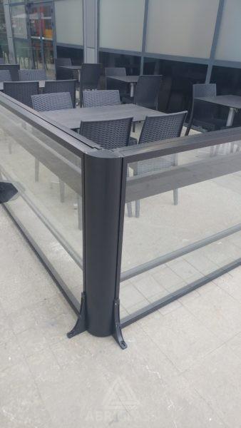 Accessoire poteau d'angle pour paravent télescopique